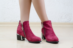 Additional picture of Велурени боти Madlen Wine red